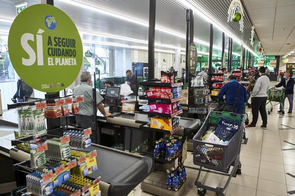 Interior de un supermercado de Mercadona.