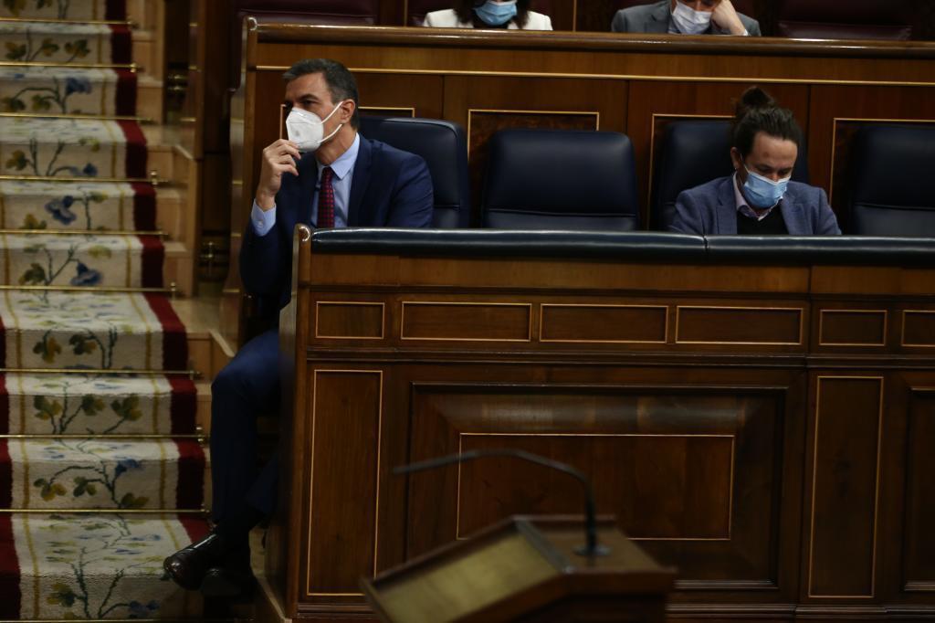 Sánchez sólo incluye a tres miembros de ministerios de Podemos en el comité que asesora el reparto de fondos europeos