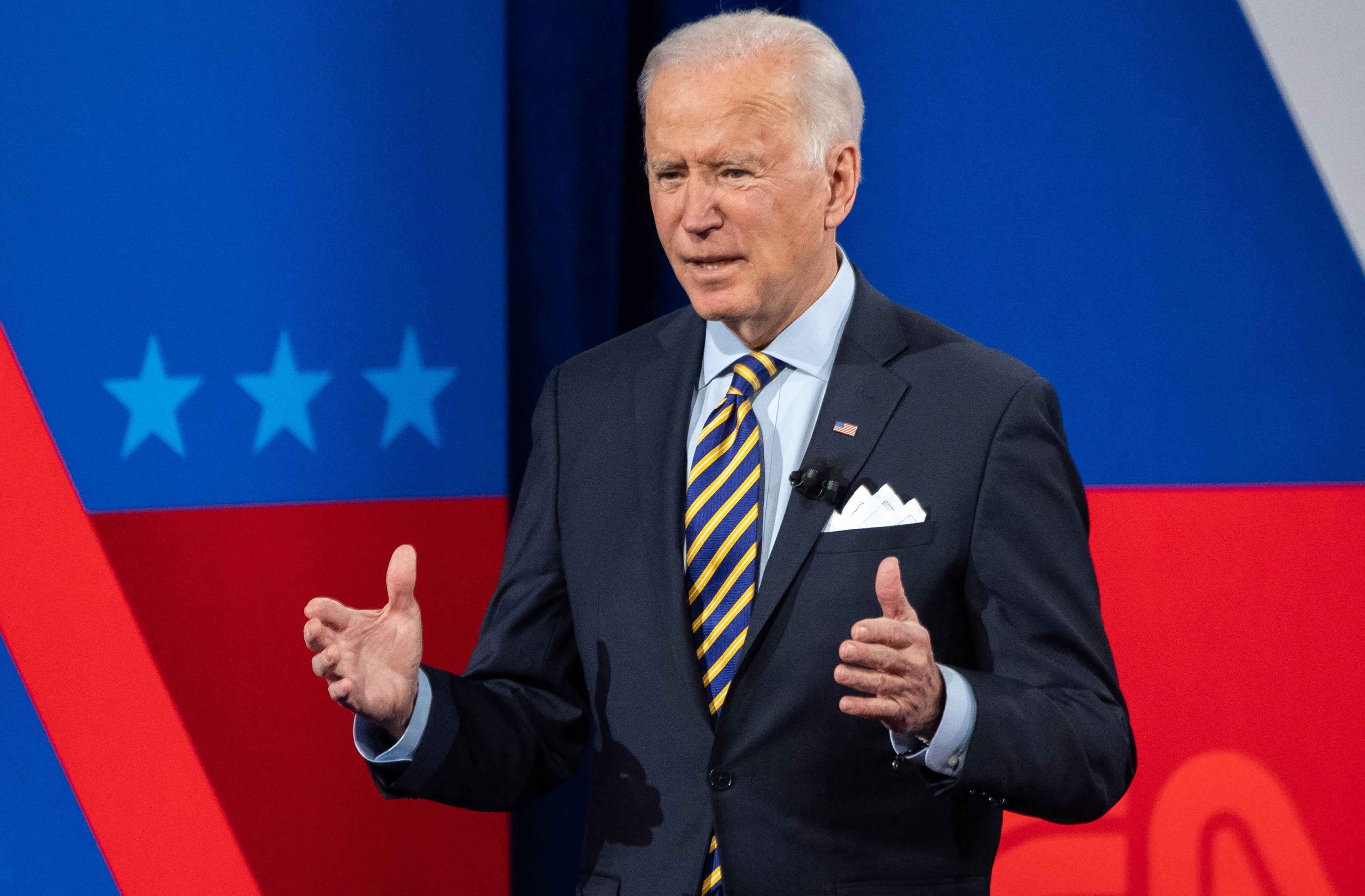 Biden convierte la transición a las energías limpias en la clave de su política económica
