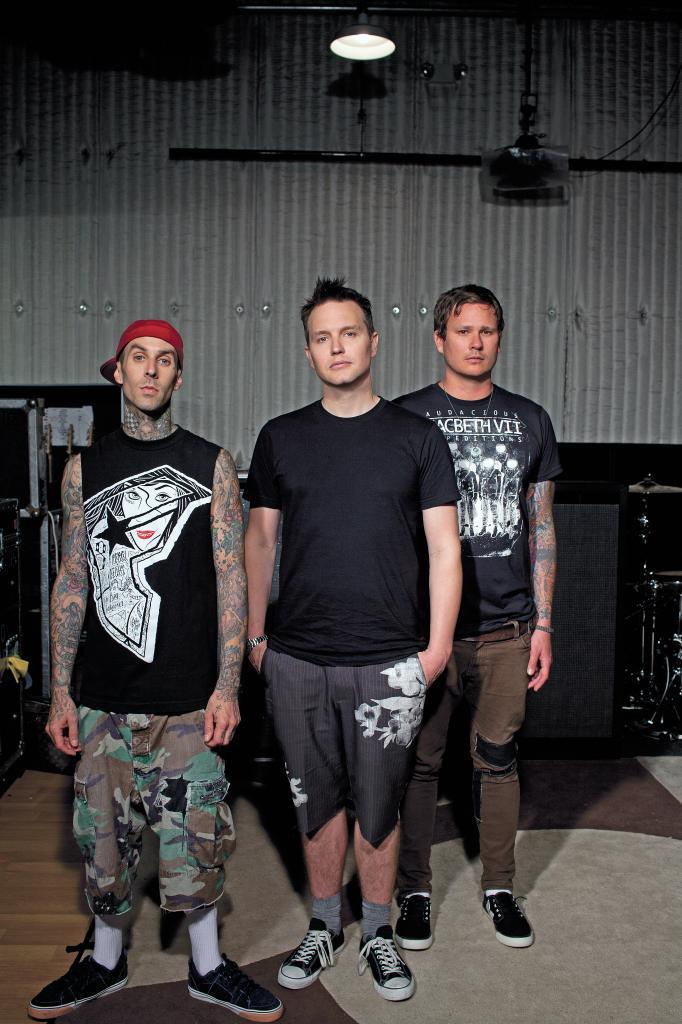 Tom DeLonge, ex vocalista de Blink 182, en una imagen promocional de la banda.