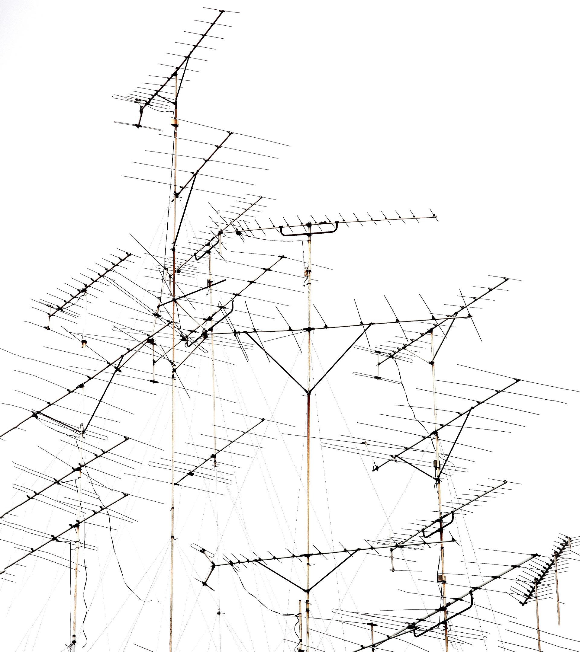 Viejas antenas, dinero fresco