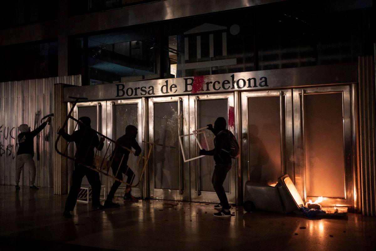 Ataque de ayer a la sede de una institución como la Bolsa de Barcelona