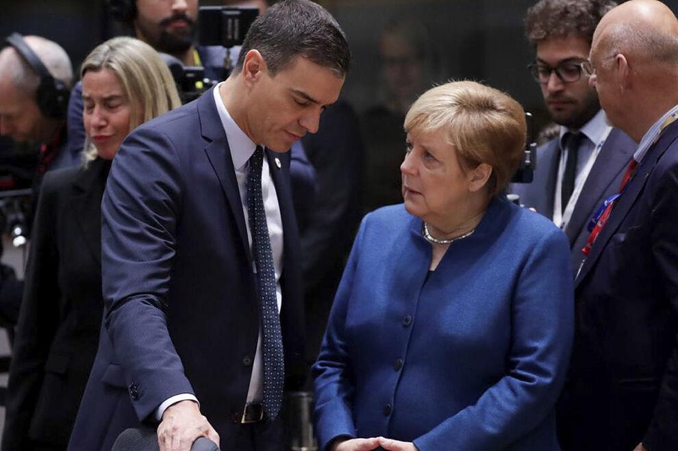 Sánchez y Merkel en una imagen de archivo.