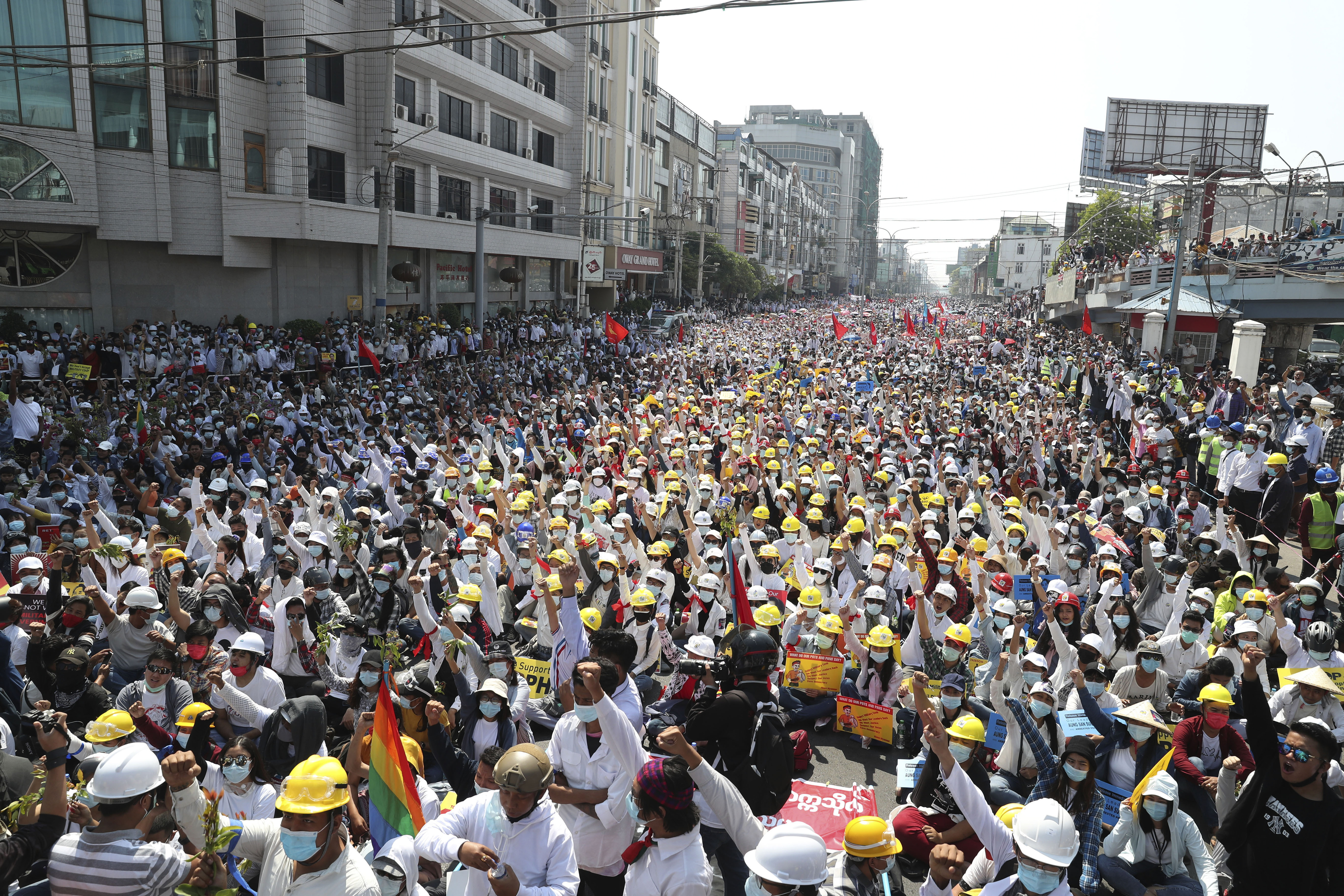 Manifestación contra la junta militar, en Mandalay.