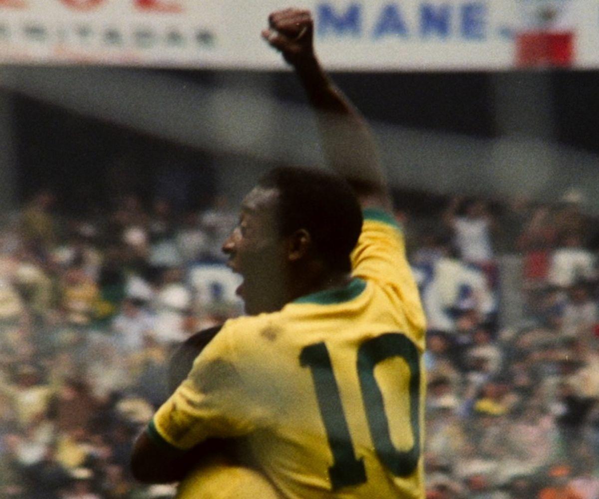 Esta producción incluye algunas de las mejores jugadas de Pelé en los Mundiales.