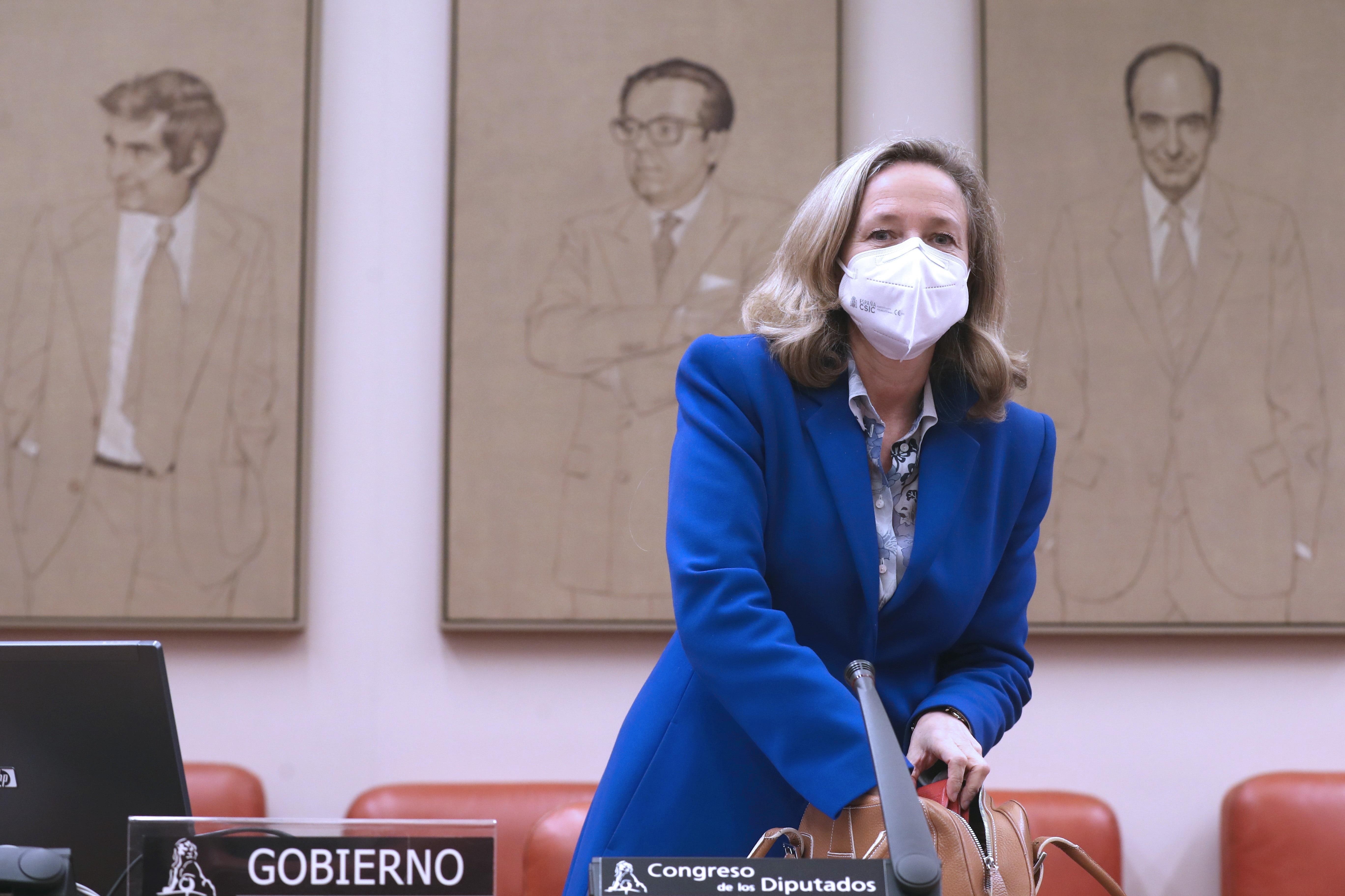 La vicepresidenta económica, Nadia Calviño, este jueves en la Comisión Mixta de la Unión Europea en Las Cortes