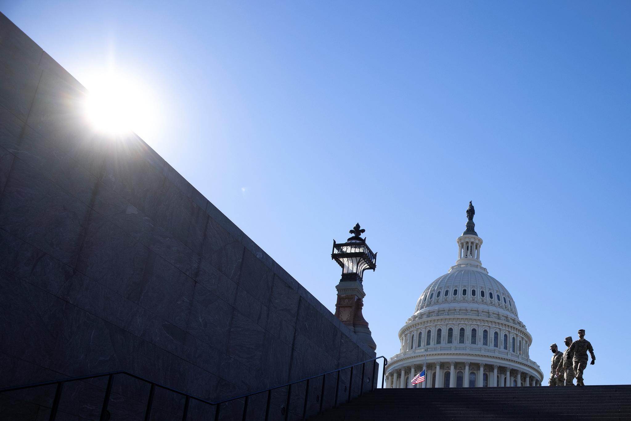 Soldados de EEUU, en el Capitolio.