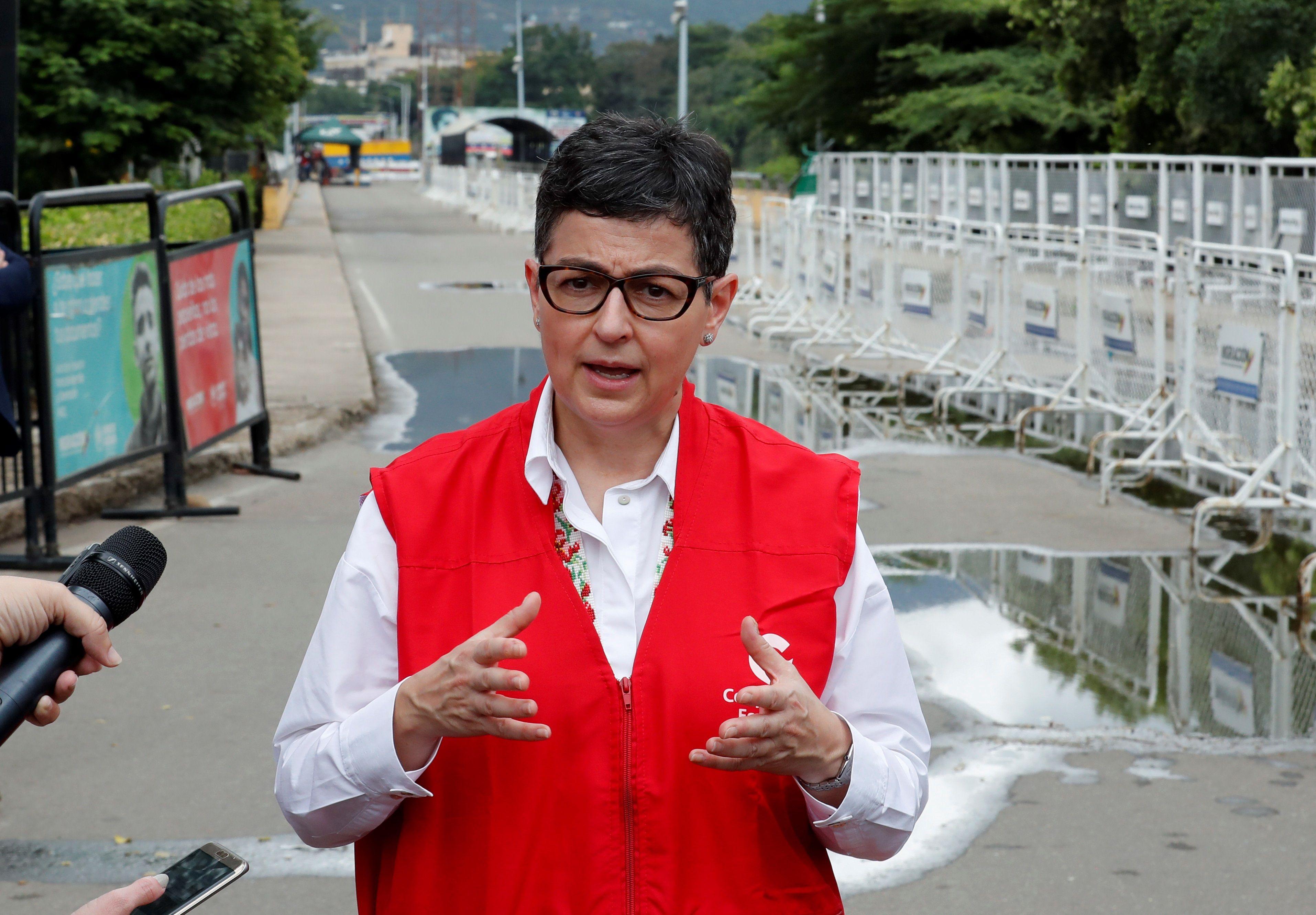 La ministra Laya, hoy, en el Puente Internacional Simón Bolívar.