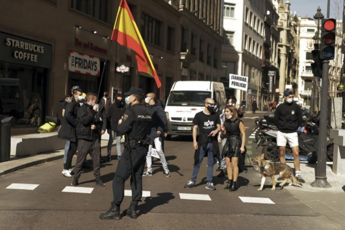 Los miembros del grupo de extrema derecha entre los que se encontraba la joven fascista Isabel Peralta