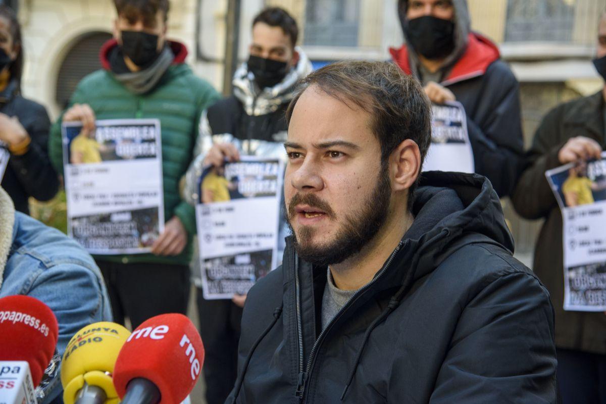 La Fiscalía pide otros 5 años de prisión para Pablo Hasel por los altercados tras la detención de Carles Puigdemont