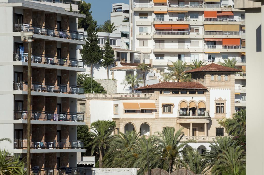 Pisos en Palma rodeando el Palacio de Marivent.