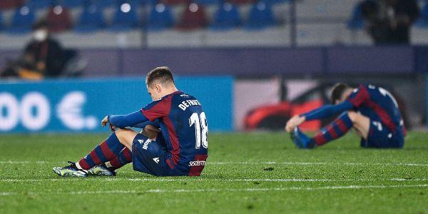 Dos jugadores del Levante, abatidos tras la semifinal.