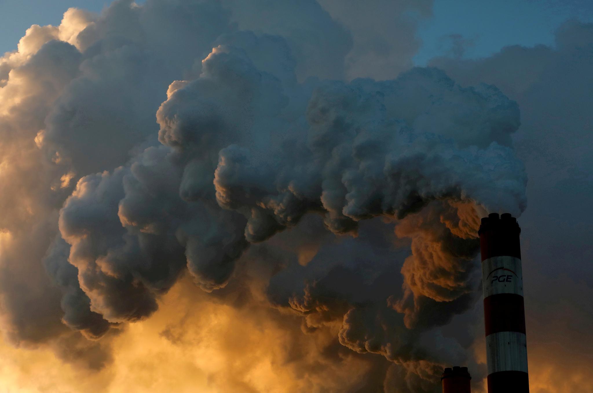 Central térmica de Belchatow, en Polonia, la más grande de Europa que usa carbón.