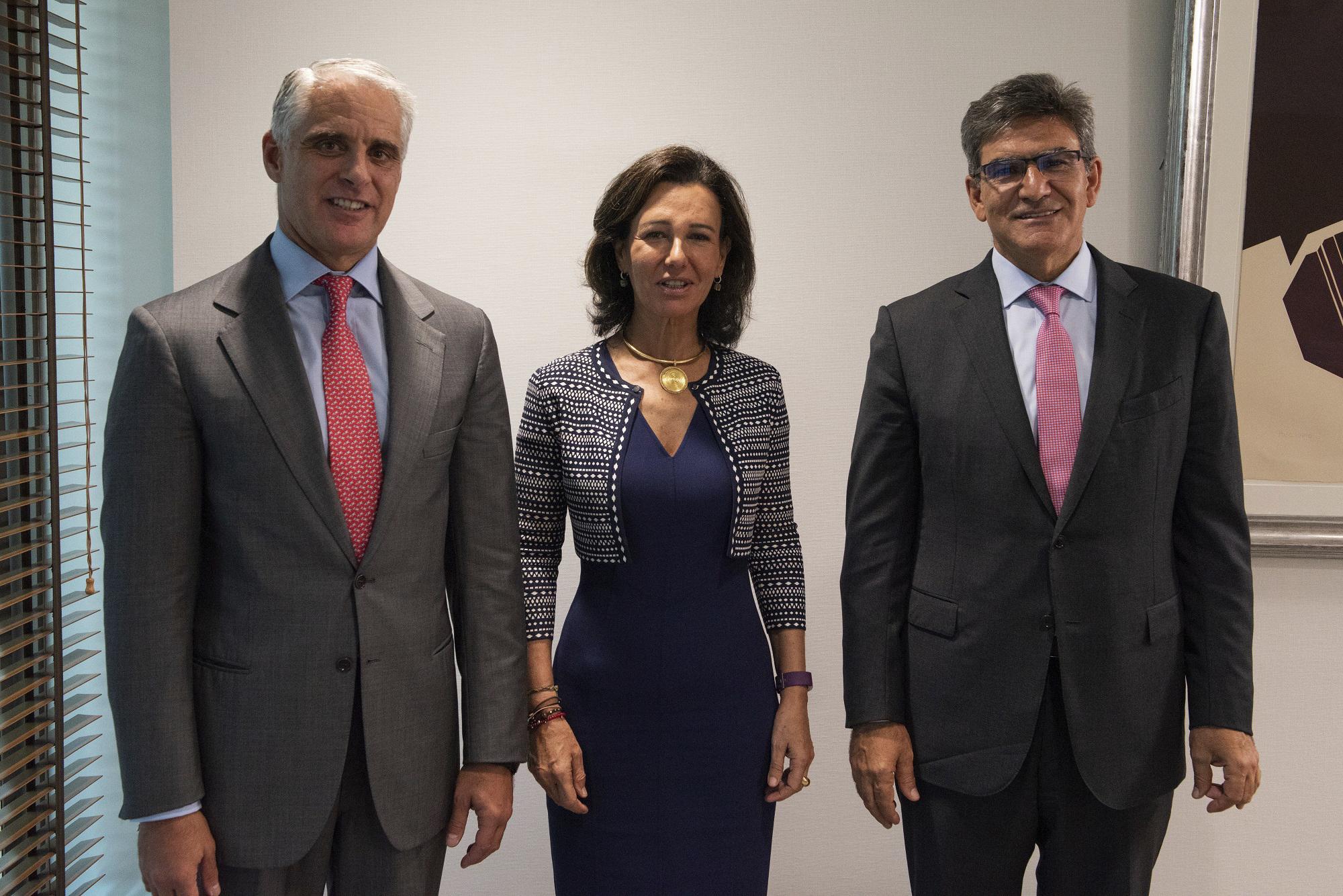 Andrea Orcel y Ana Botín, en la foto de presentación del fichaje del italiano como CEO del Santander.