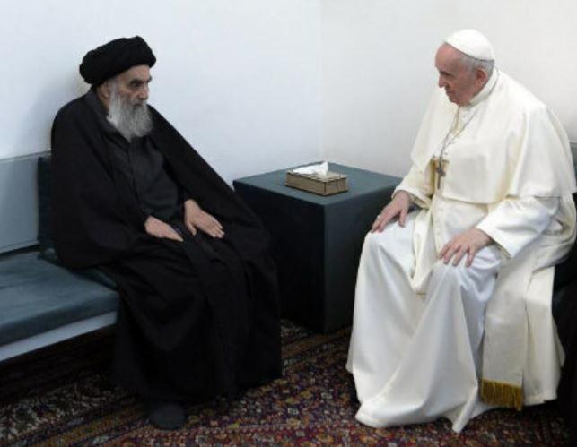 El Papa con el Gran Ayatolá Sayyid Ali Husaini Sistani.
