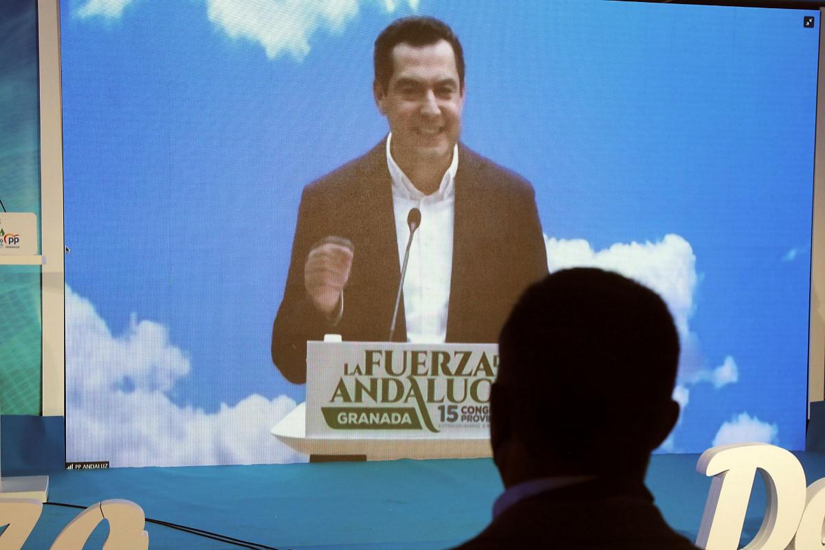 Juanma Moreno, durante su intervención en el congreso.