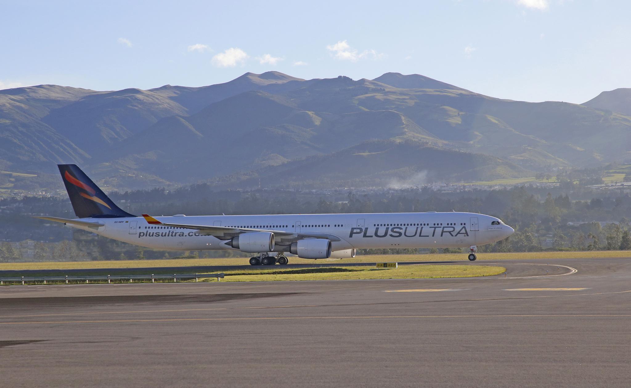 Avión de la compañía Plus Ultra