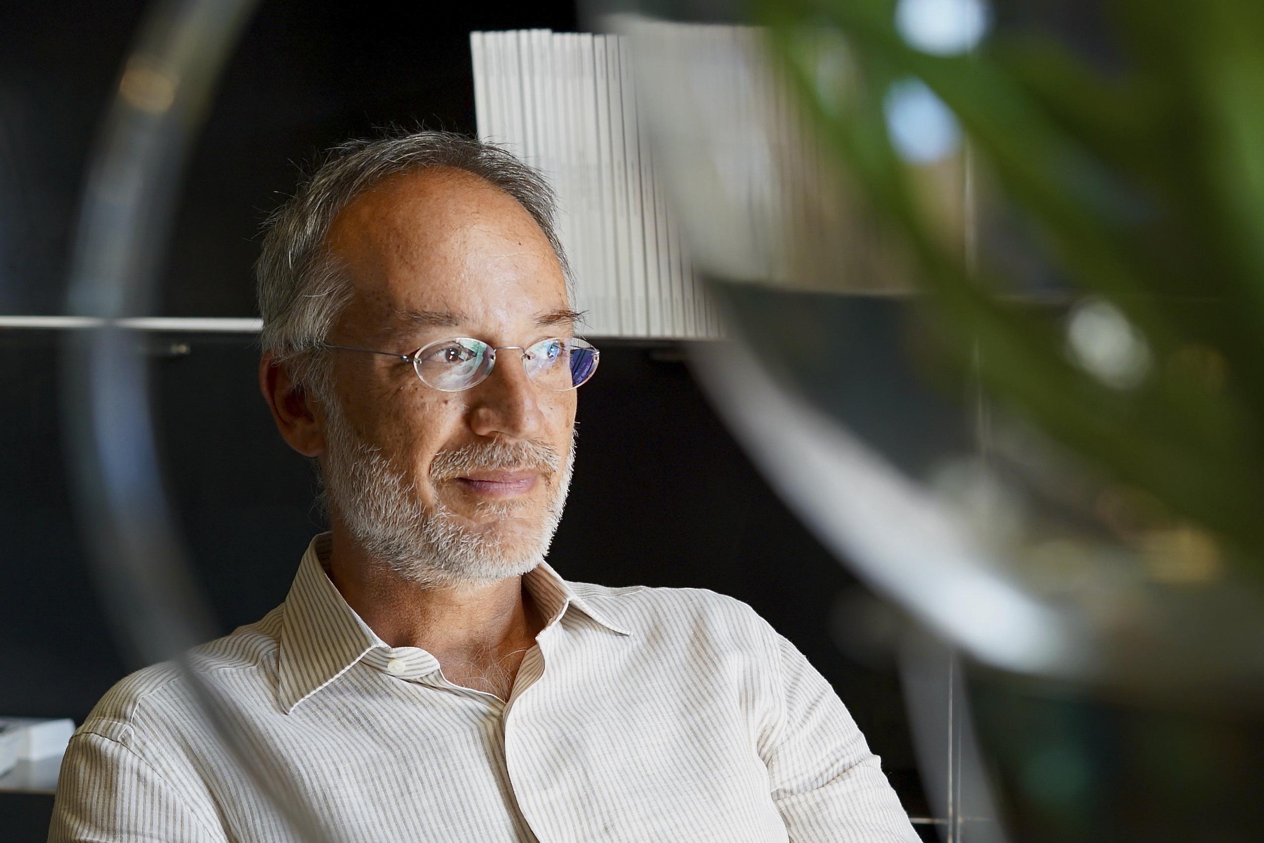 Stefano Mancuso,  director del Laboratorio Internacional de Neurobiología Vegetal de la Universidad de Florencia