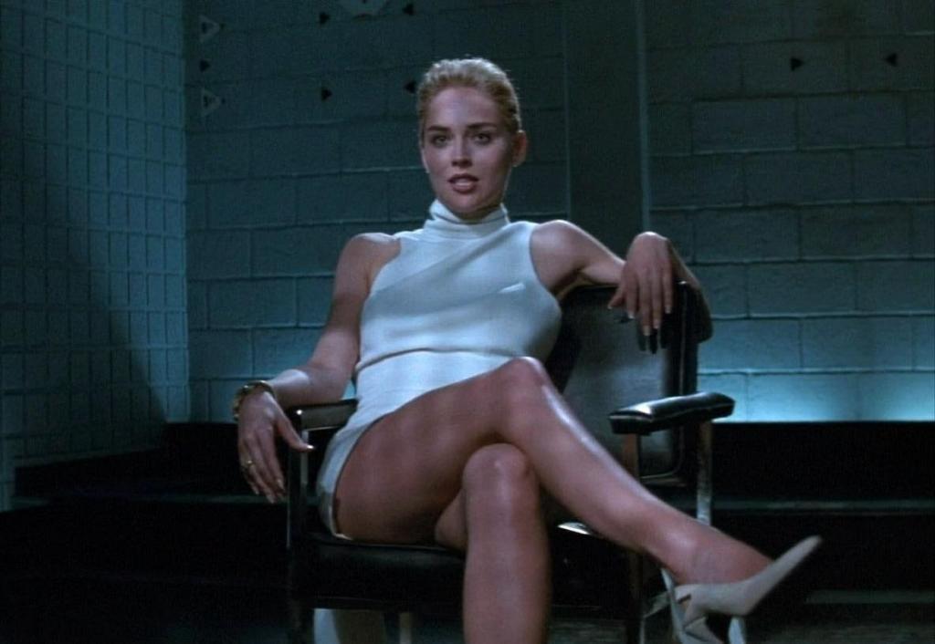 Sharon Stone y el famoso cruce de piernas en 'Instinto Básico'.