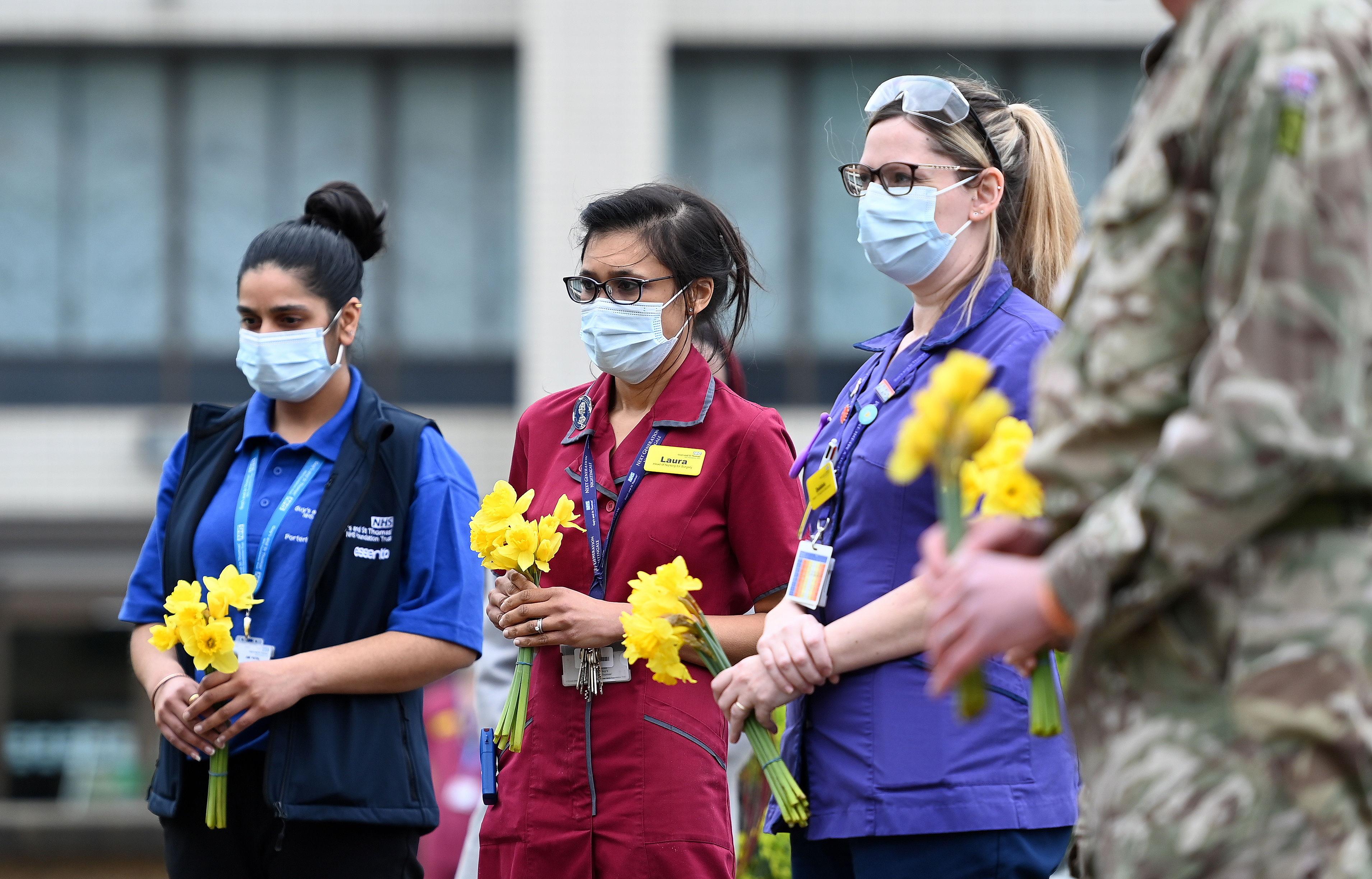 Homenaje a las víctimas de la pandemia, en Londres.