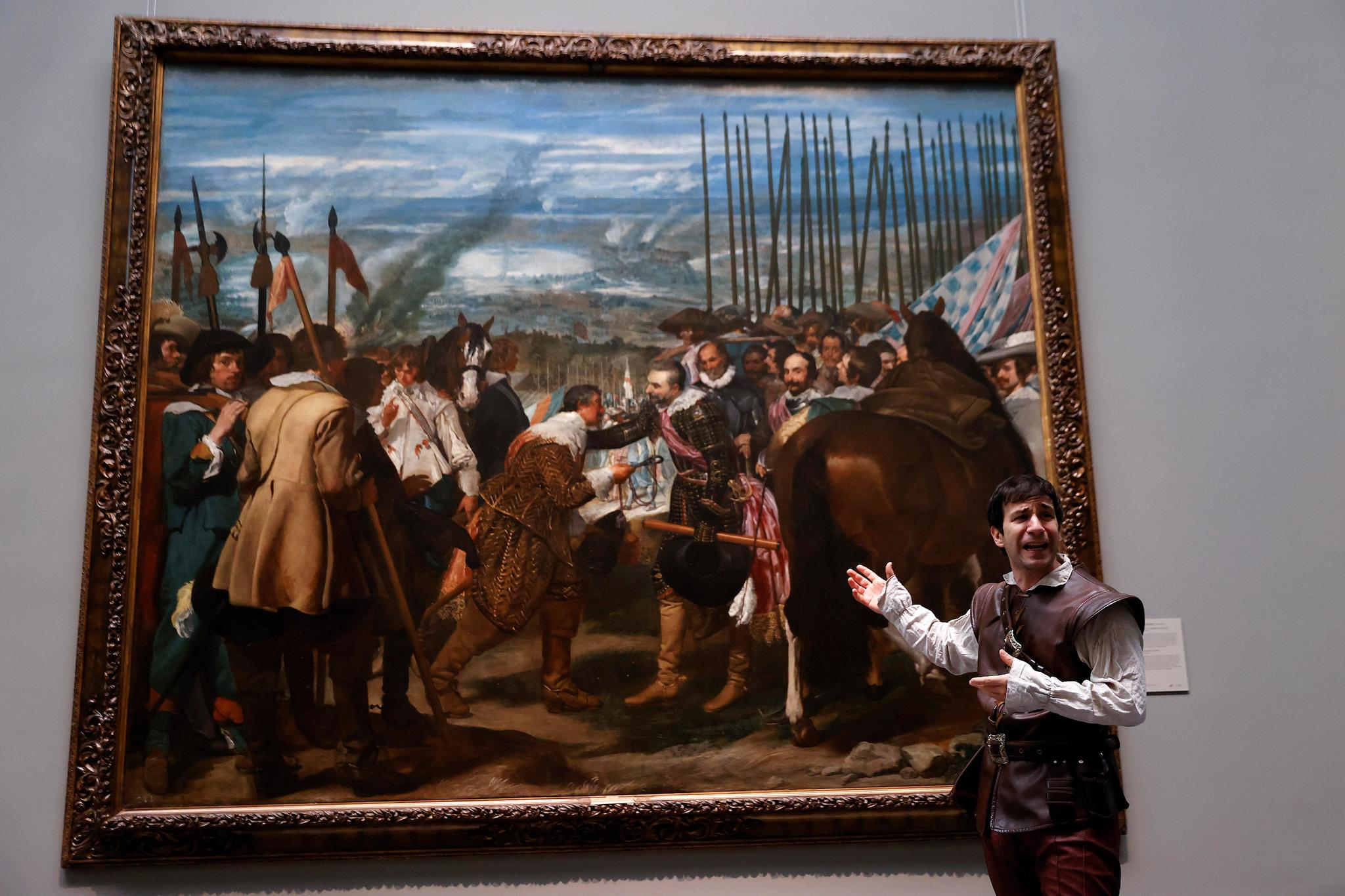 Daniel Ortiz interpreta 'Soldado', en el Museo del Prado.