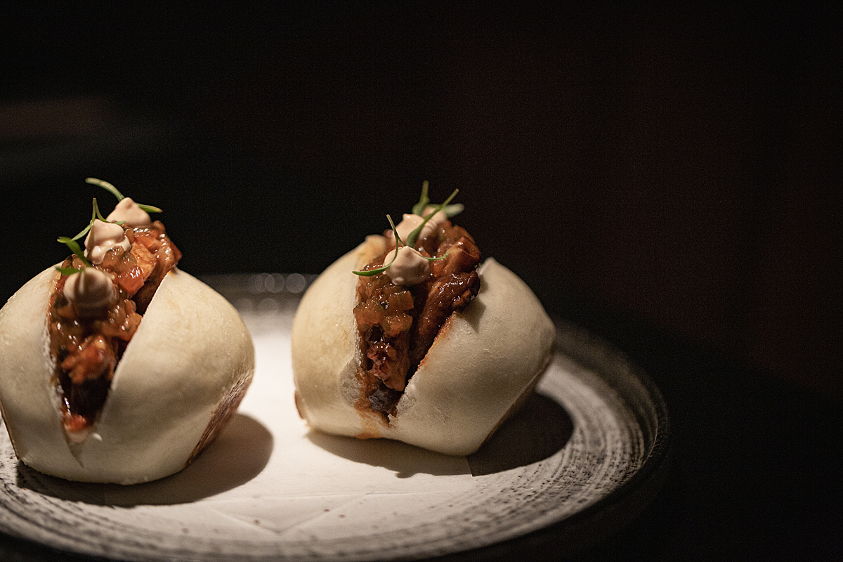 Sanguchito bao de pulpo anticuchero de Ponja Nikkei.