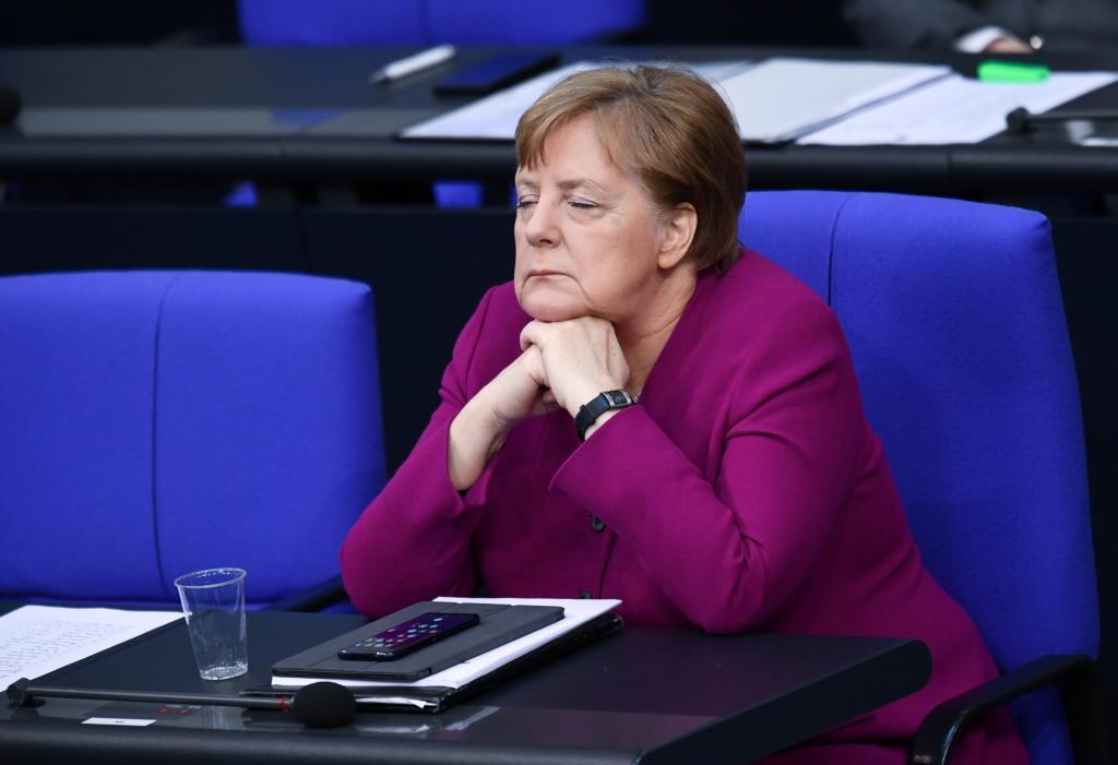 La canciller Angela Merkel en una sesiónn en el Bundestag.