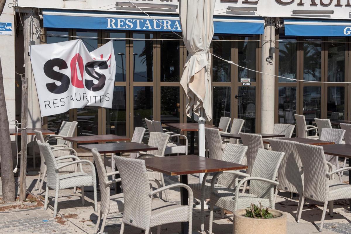 Un restaurante cerrado en la localidad de Pollença (Mallorca).