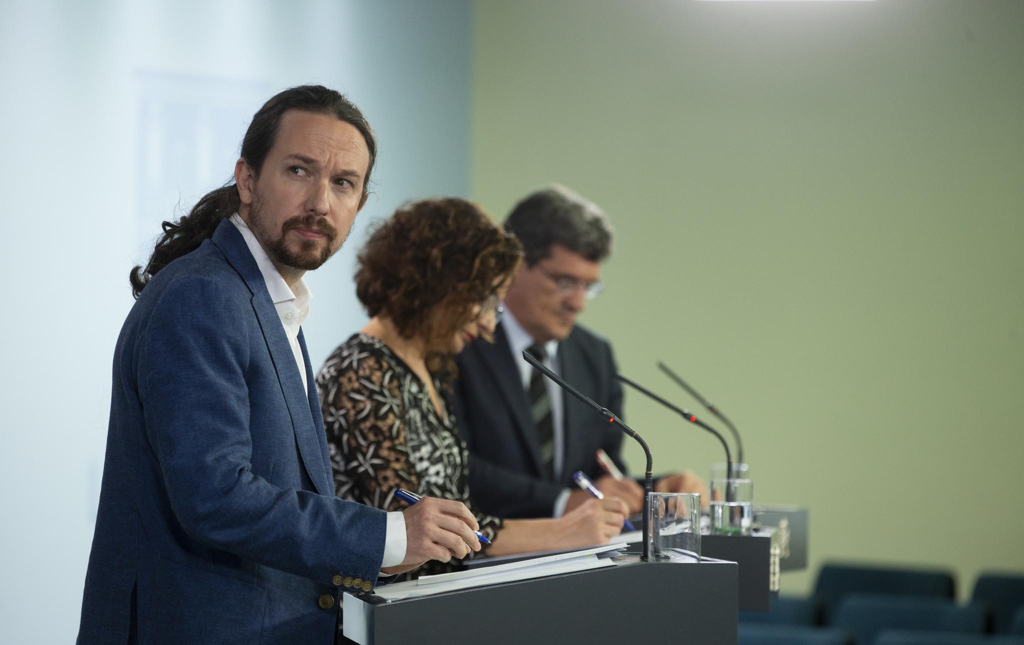 Rueda de prensa posterior al Consejo de Ministros para informar de la aprobacion de ingreso minimo vital. Pablo Iglesias, Maria Jesus Montero y Jose Luis Escriva.