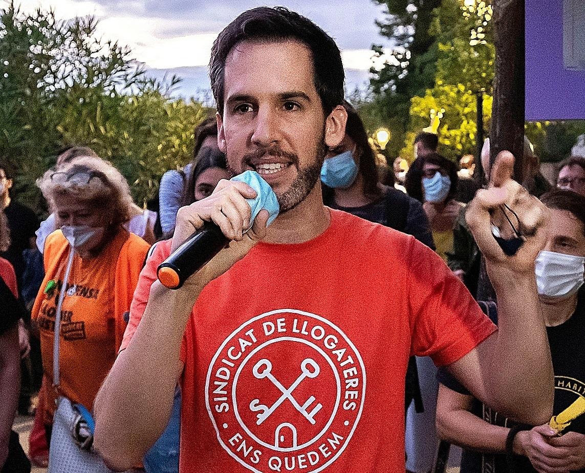 Jaime Palomera, portavoz del Sindicato de Inquilinas de Barcelona, en una manifestación del sindicato.