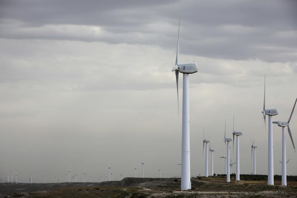 España dispara sus renovables en plena pandemia y vuelve al 'G-8 verde' que lidera China