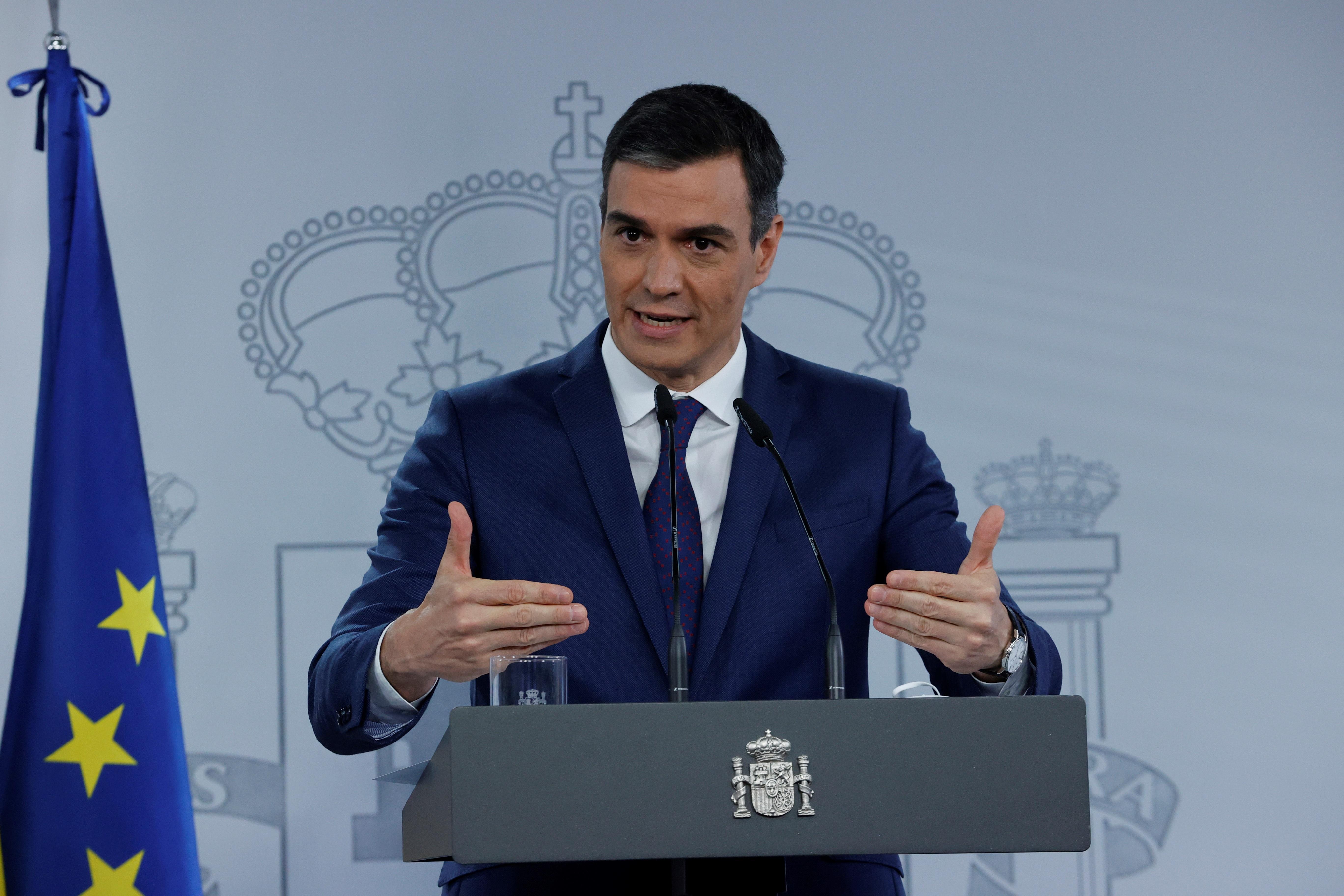 El FMI prevé que España crezca un tercio menos de lo anunciado por el Gobierno y que no reduzca el paro este año ni el que viene
