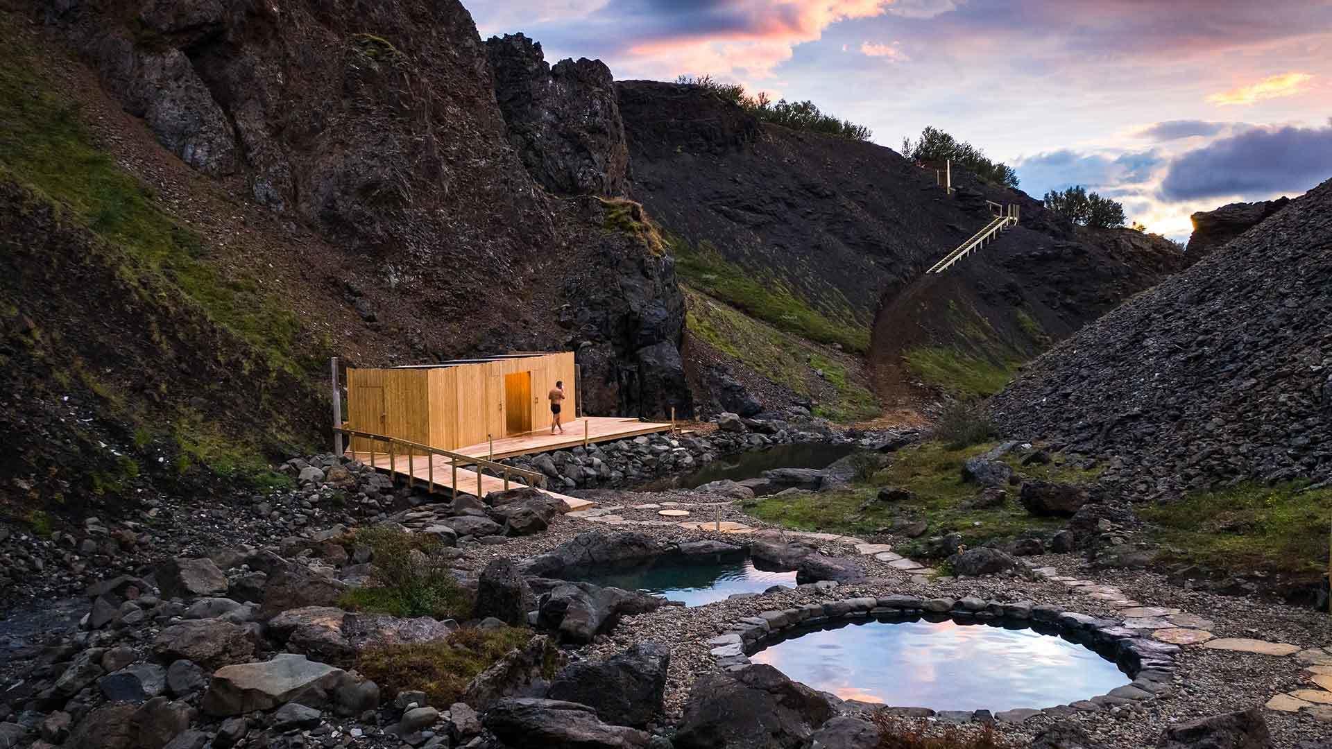 Baños de Giljaböð EN Húsafell.