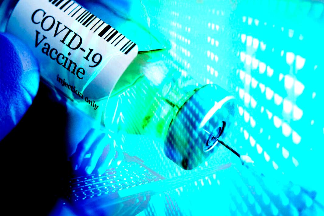 Los delincuentes hacen negocio vendiendo vacunas por Internet
