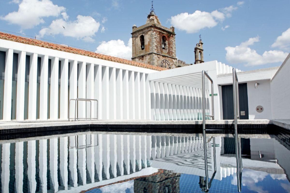 Instalaciones del hotel restaurante, ubicado en el centro histórico...