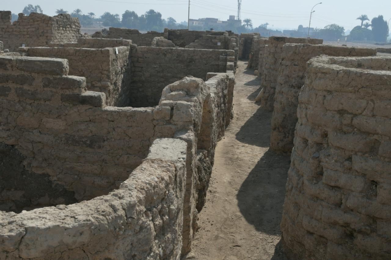 Descubrimiento arqueológico en Luxor.