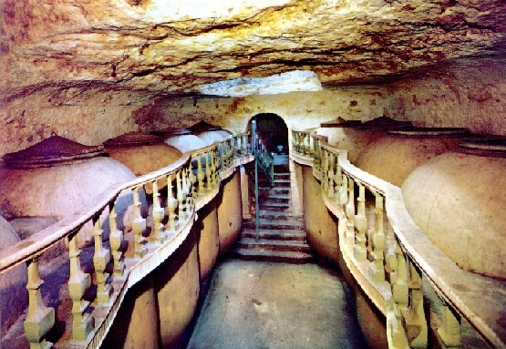 Una de las 600 cuevas para el vino que se conservan en Tomelloso.