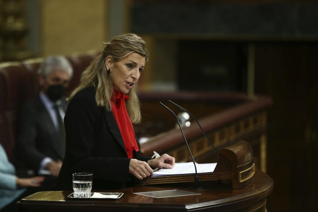 La ministra de trabajo, Yolanda Díaz, en el Congreso.