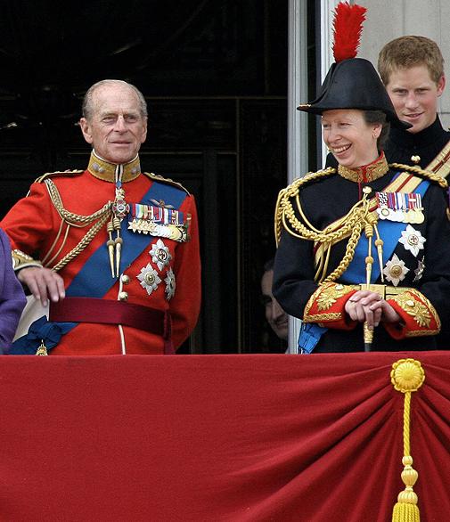 El marido de la reina Isabel y su única hija, la princesa Ana.