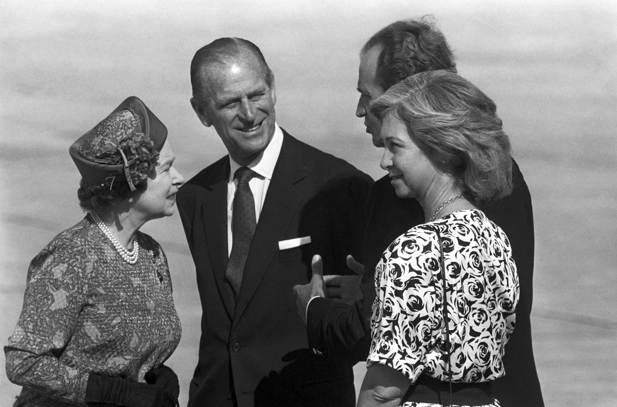 Isabel II, Felipe de Edimburgo, Doña Sofía y Don Juan Carlos