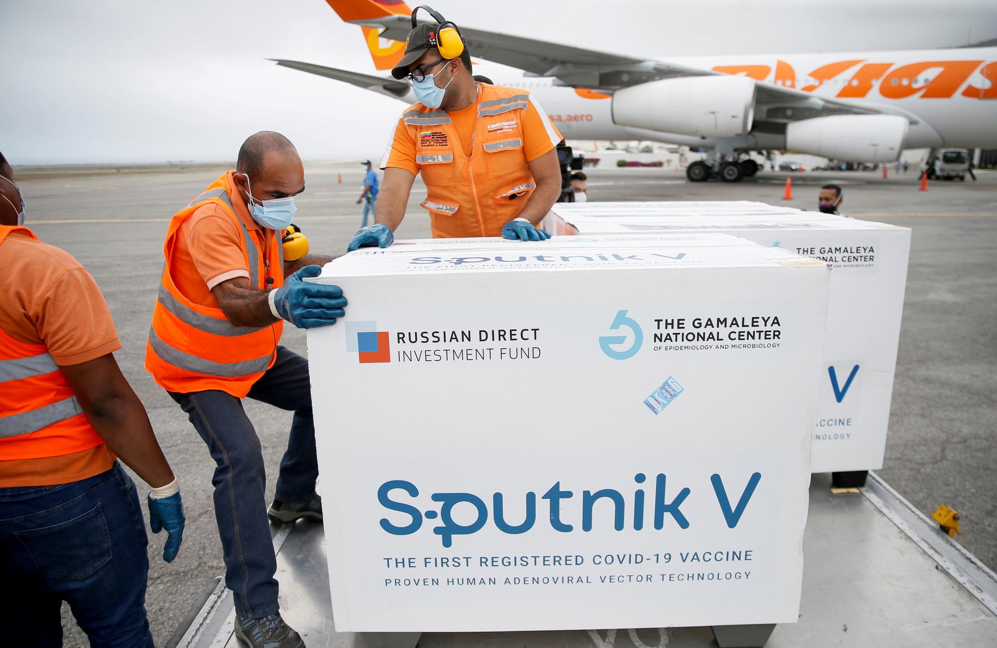 Dosis de la vacuna Sputnik en el aeropuerto de Caracas, Venezuela.