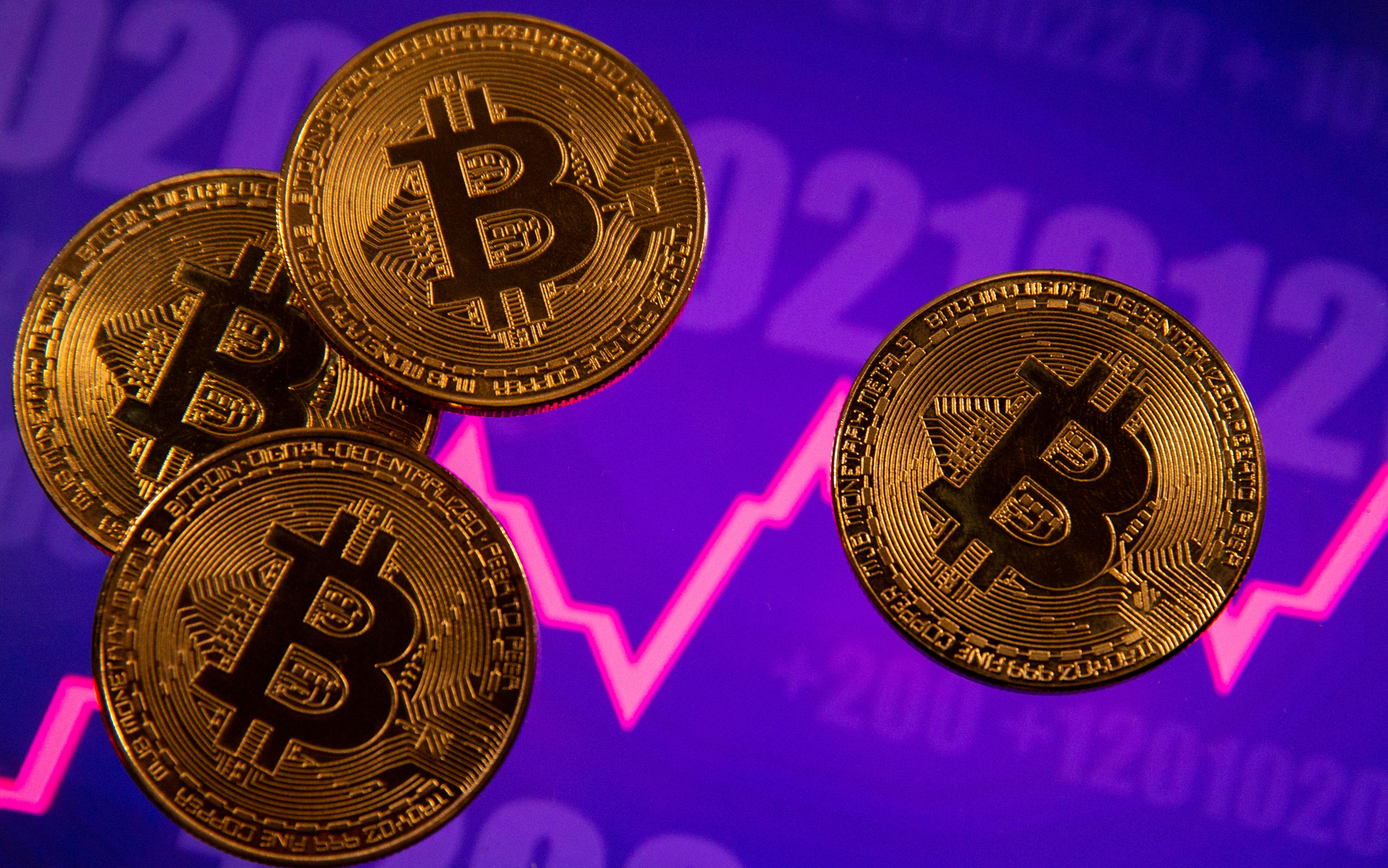 Representación gráfica de monedas de bitcoin.