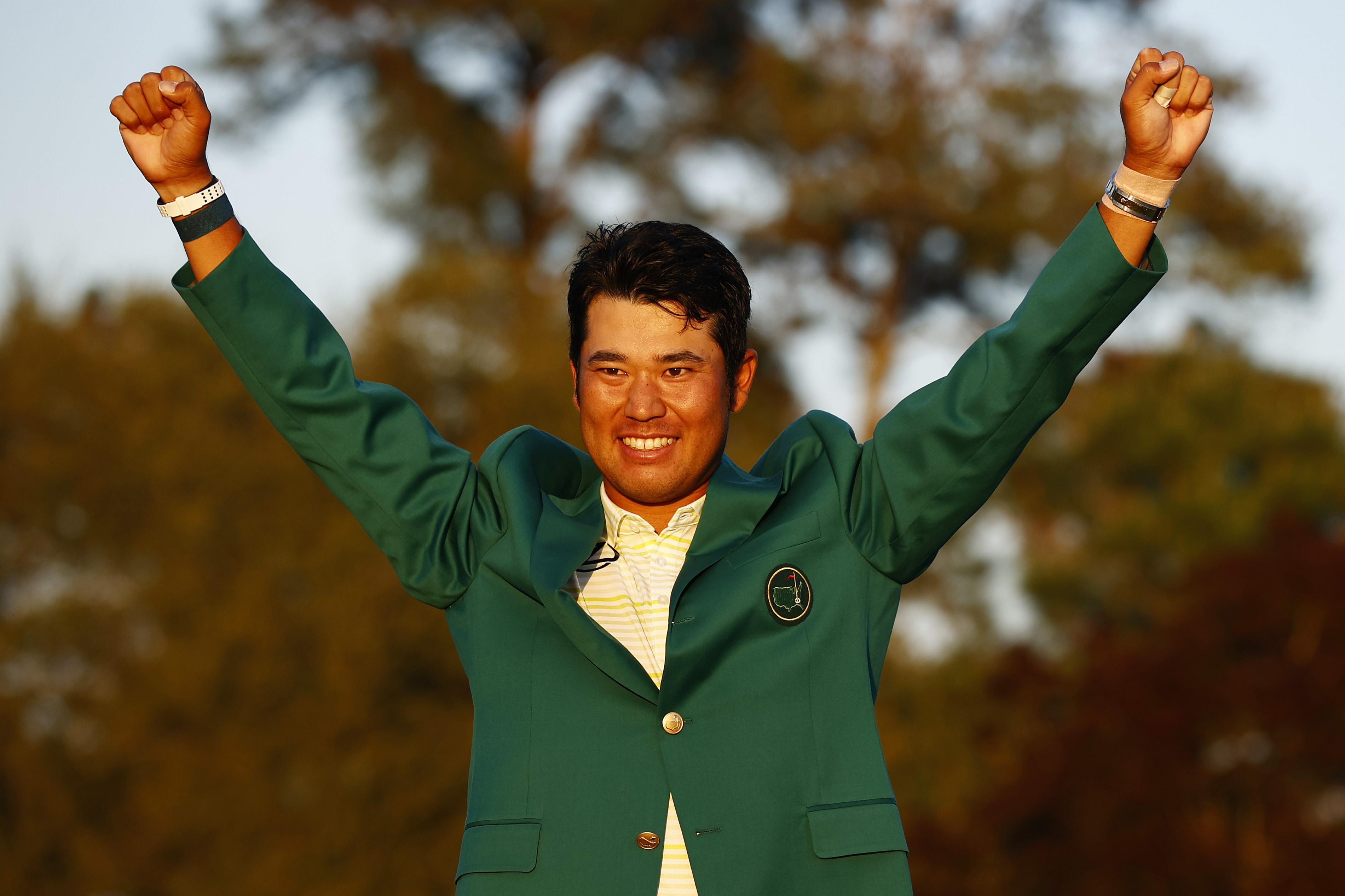 Matsuyama, con la chaqueta verde que le acredita como ganador.