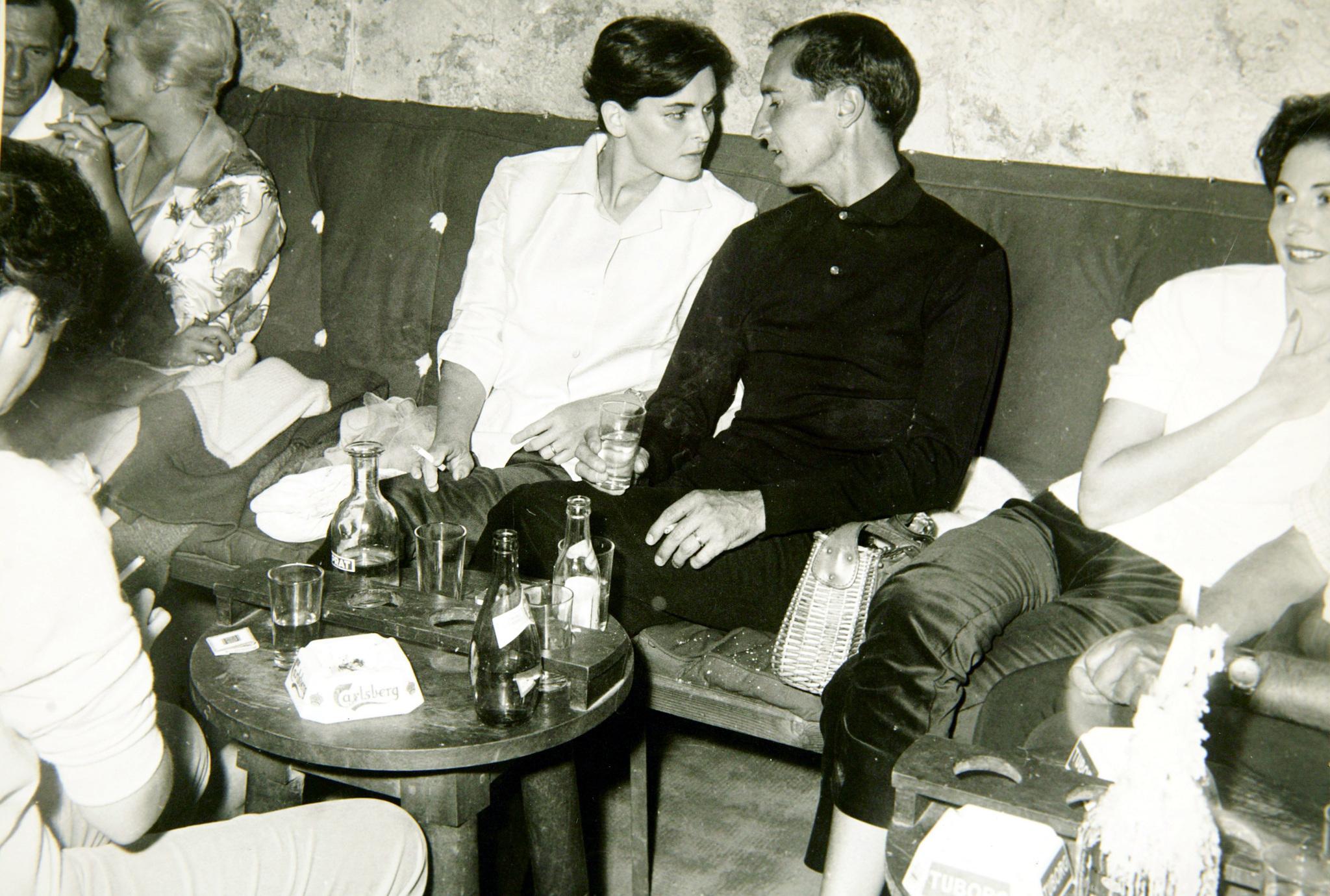 Luis Miguel Dominguín y su esposa, Lucía Bosé, en los años 60.