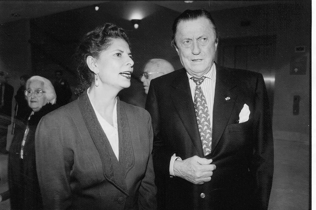Carmen Alborch y el barón Thyssen, en 1996.