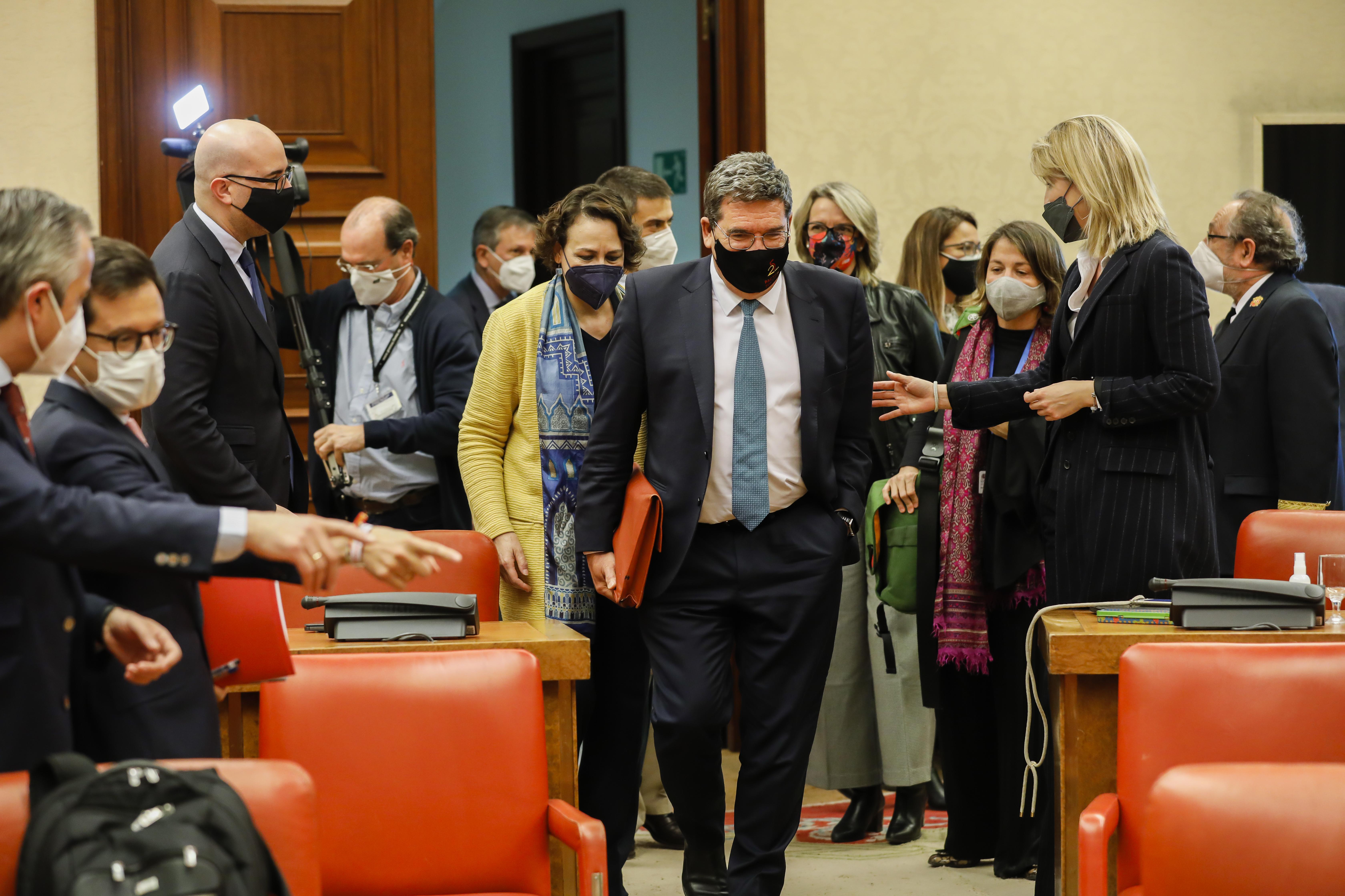 El Ministro de Seguridad Social, José Luis Escrivá entra esta tarde en la comisión del Pacto de Toledo, en el Congreso de los diputados.