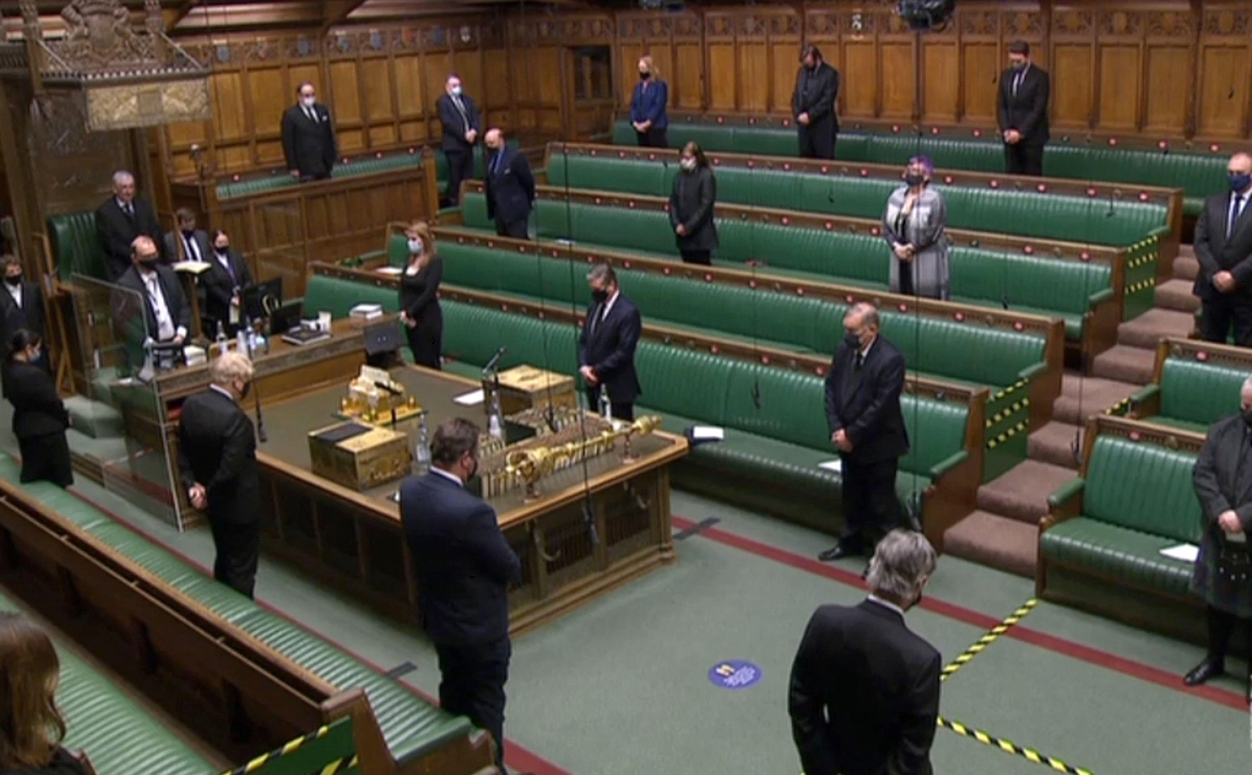 Minuto de silencio en el Parlamento británico en homenaje al duque de Edimburgo.