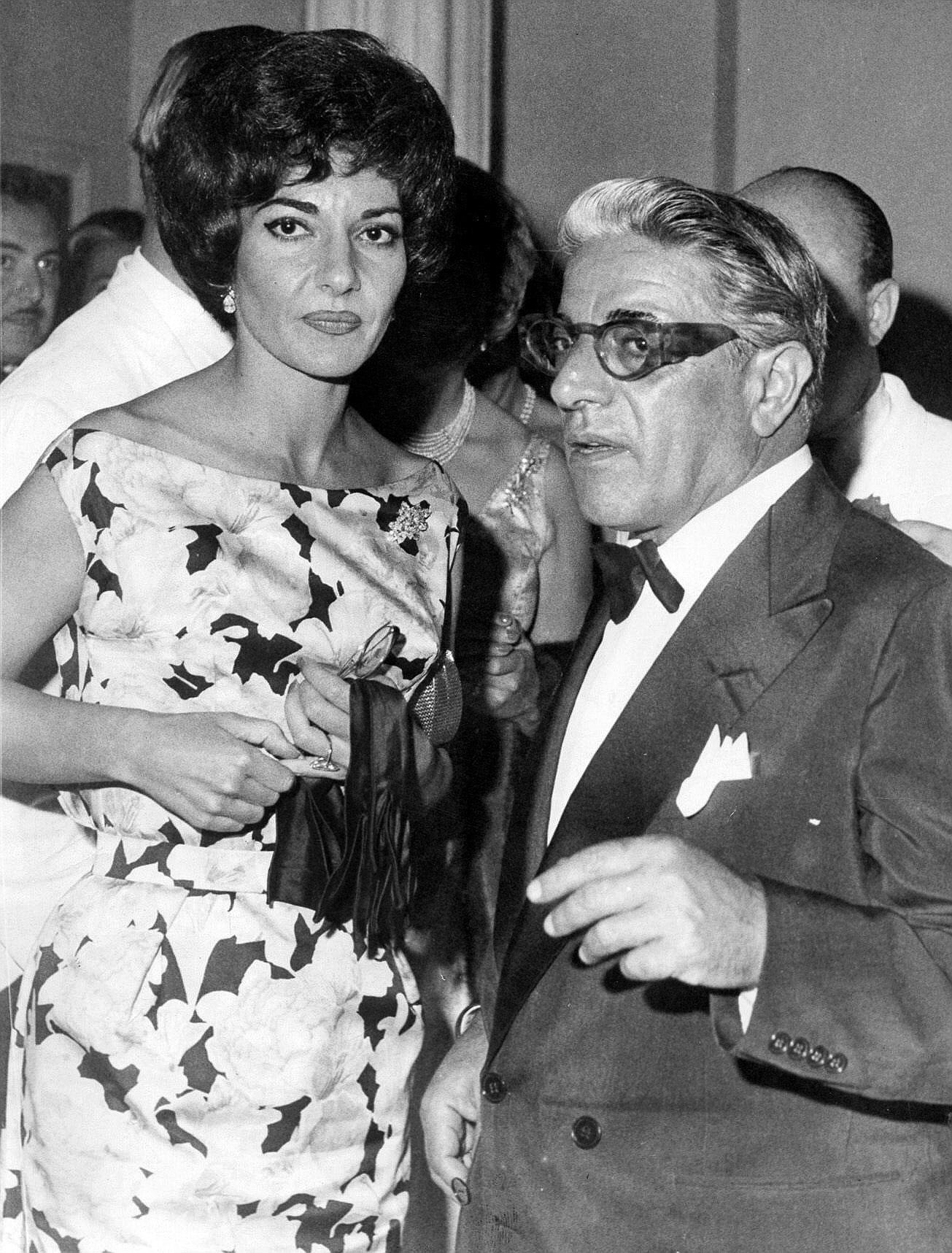 Maria Callas y Aristóteles Onassis, durante una gala en 1960.