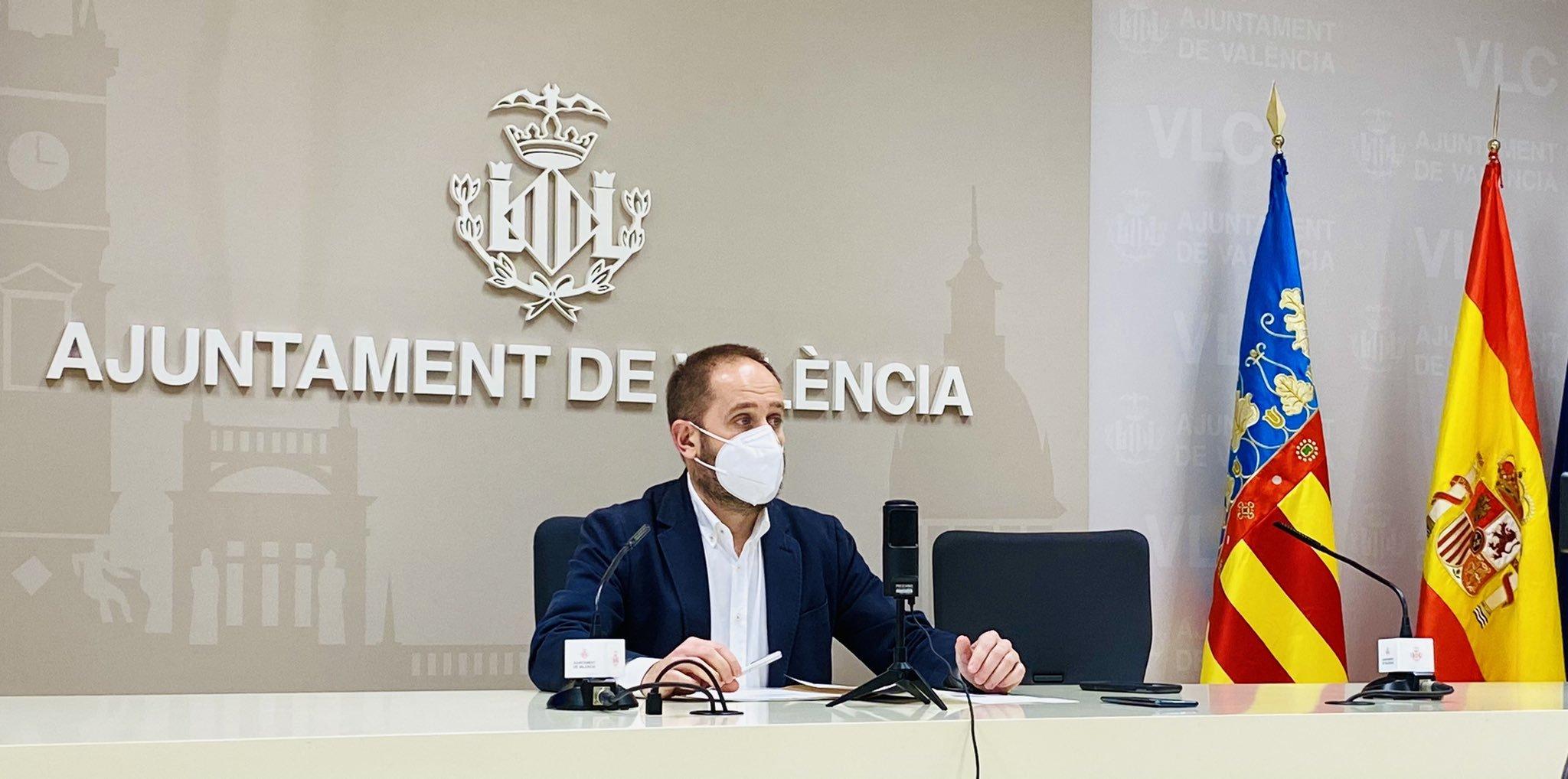 Aarón Cano, concejal de Protección Ciudadana de Valencia, durante su comparecencia.