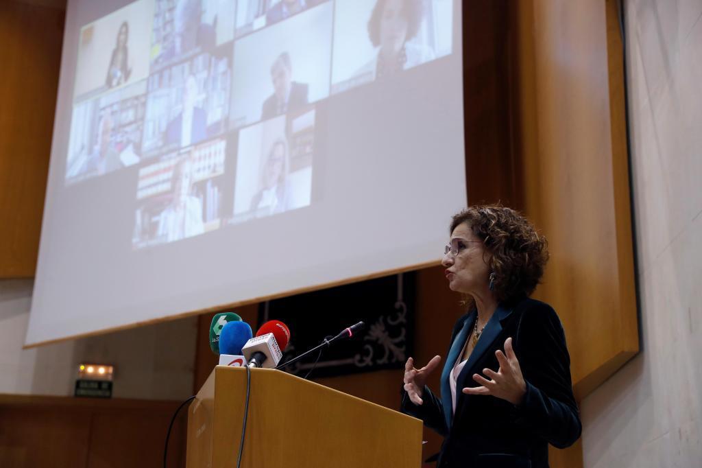 La ministra de Hacienda, María Jesús Montero, durante la presentación del comité.